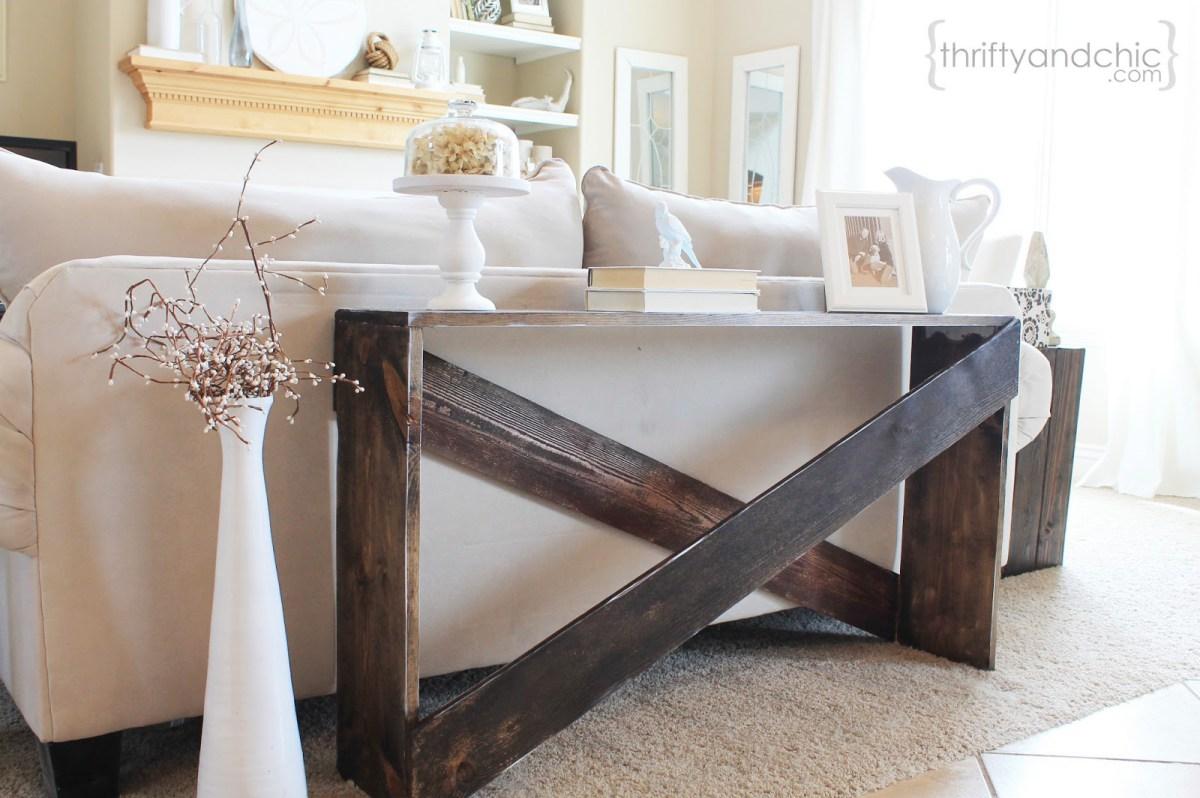 Diy Farmhouse Sofa Tables That Won T Break The Budget