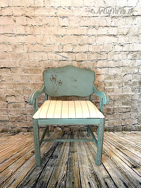 This vintage chair just got a fresh coat of paint and it's a great decorative piece