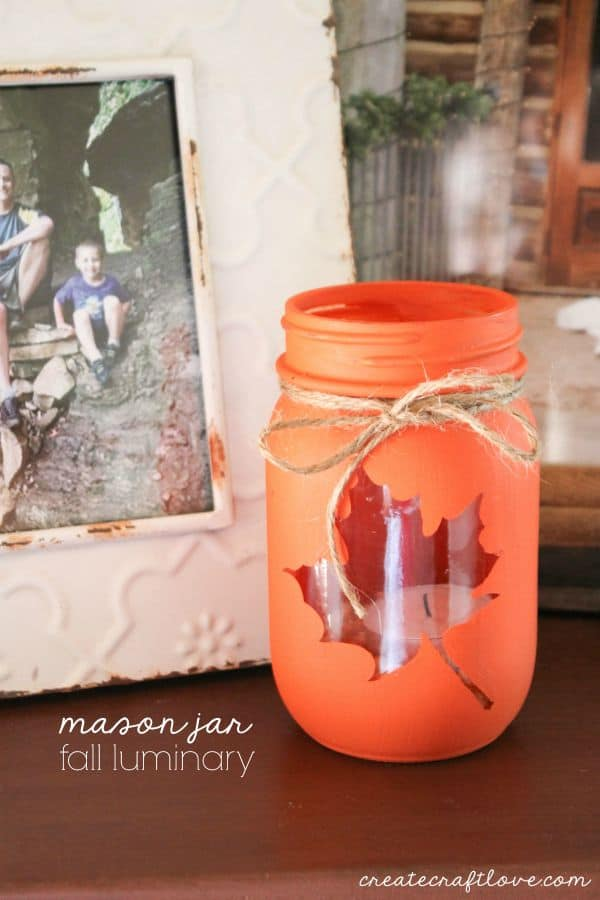 Decorating for Fall but don't have a lot of time?  Then come on in and check out our Quick and Easy DIY Fall Crafts that will make your Home SMILE!