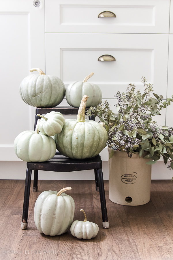 https://thecottagemarket.com/wp-content/uploads/2018/09/Farmhouse3-3.jpg