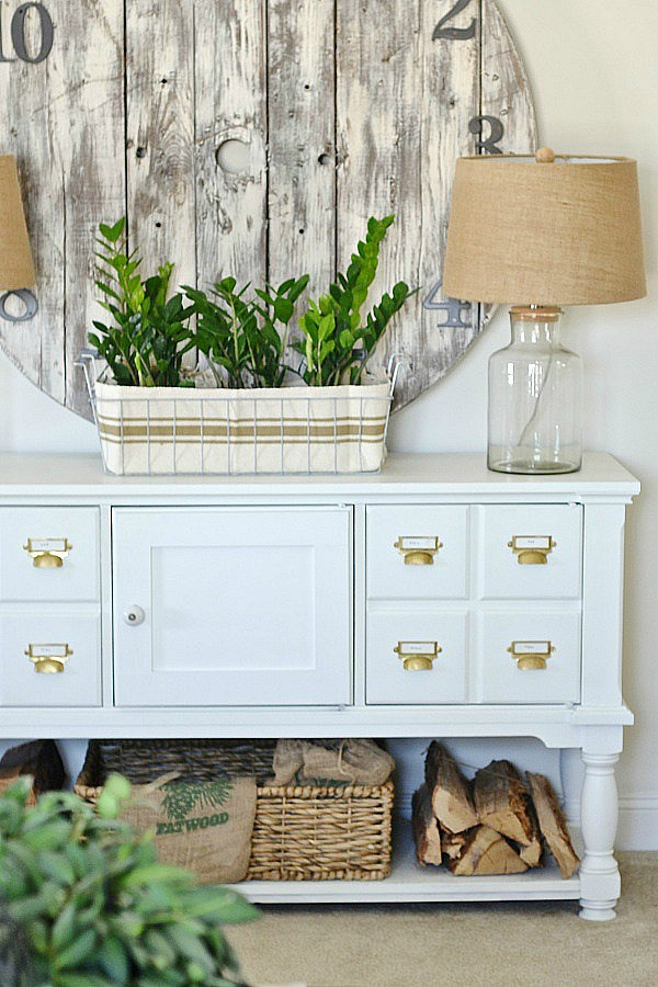 IKEA Hack Planters that will be the highlight of your room.  A great way to add green with style.