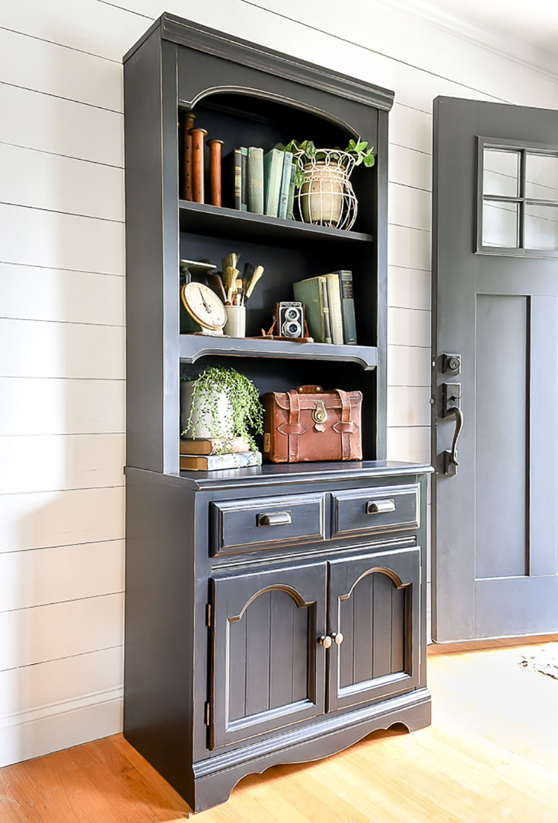 https://thecottagemarket.com/wp-content/uploads/2018/11/Farmhouse1-1.jpg