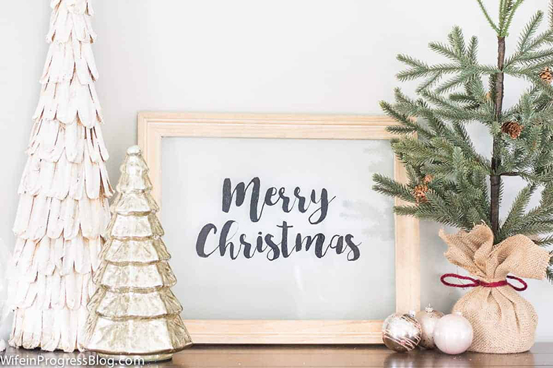 https://thecottagemarket.com/wp-content/uploads/2018/11/FarmhouseChristmasSign2.jpg