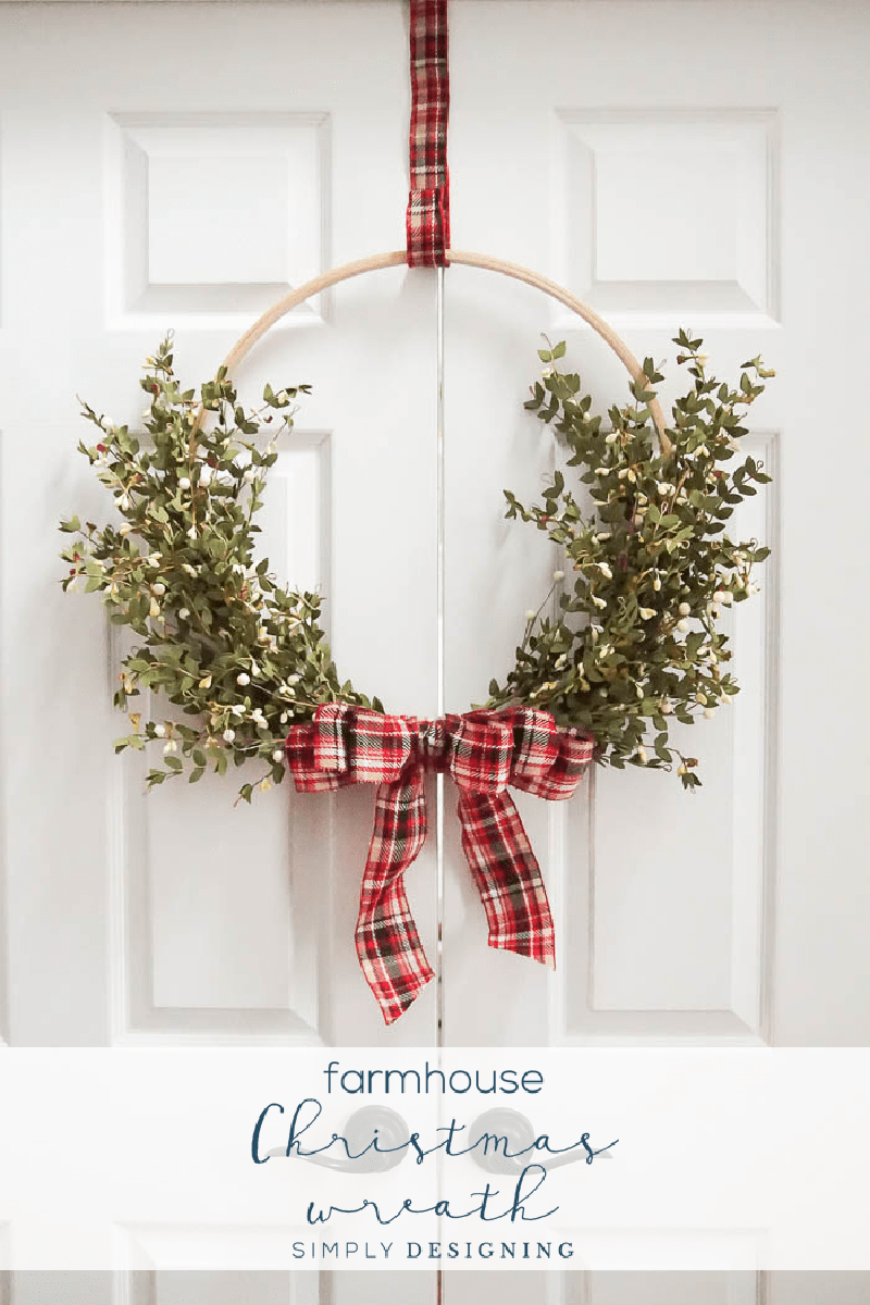 https://thecottagemarket.com/wp-content/uploads/2018/11/FarmhouseChristmasWreath1.png