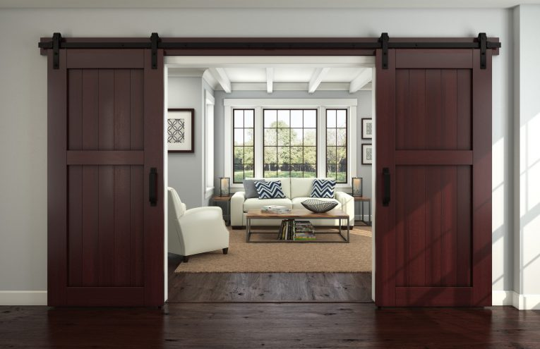 https://thecottagemarket.com/wp-content/uploads/2018/11/barn-door-trend.jpg