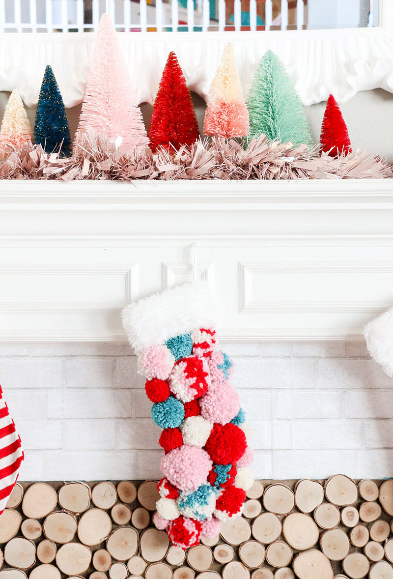https://thecottagemarket.com/wp-content/uploads/2018/12/Christmas-Crafts-1.jpg