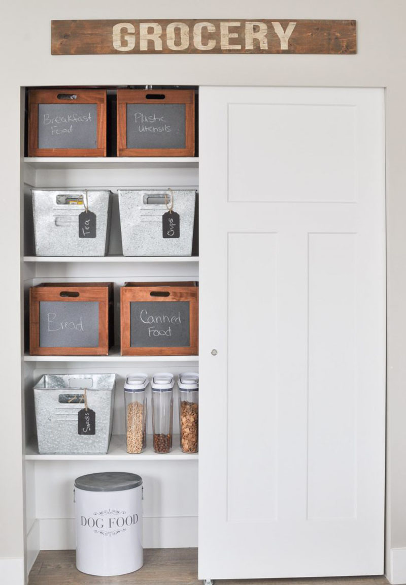 Organize Your Kitchen for the New Year with Farmhouse Style!  When the New Year Rolls around it is time to organized everything so why not do it with style!