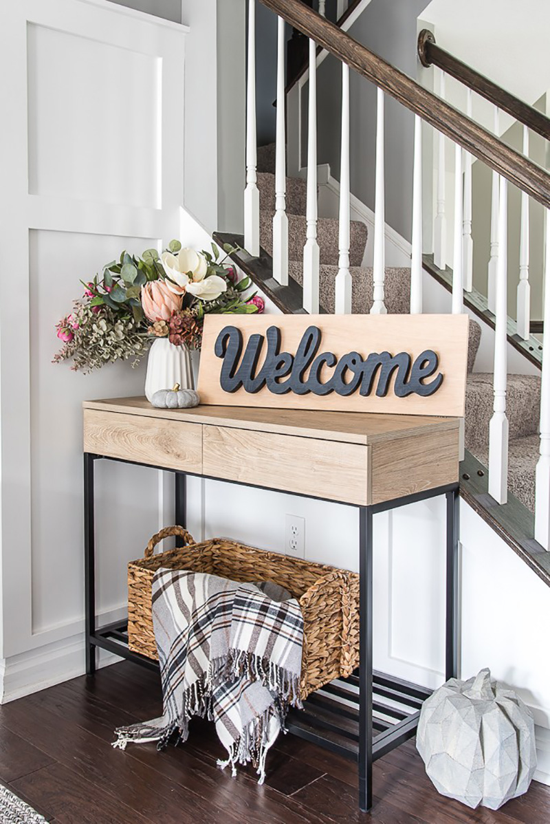 Fresh and Fabulous Farmhouse DIYS and Ideas are waiting for you to explore! Find out the newest happenings in the Farmhouse Blog World!