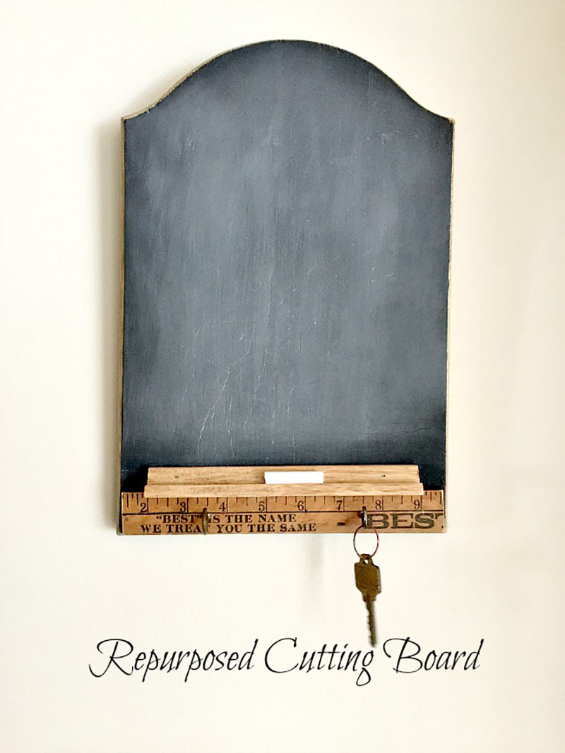 https://thecottagemarket.com/wp-content/uploads/2019/01/Thrift-Store-Cuttingboard-Makeover-1.jpg