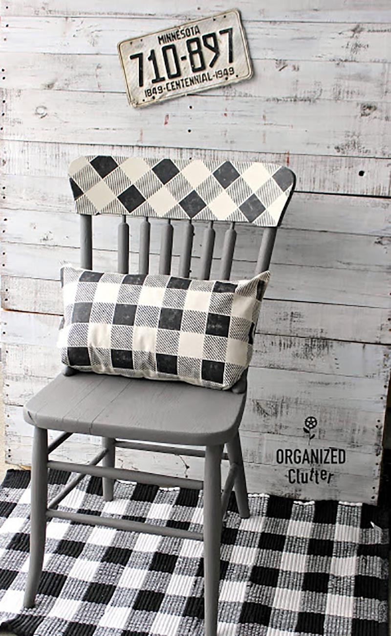 Charming and Practival Farmhouse Thrift Store Makeovers are waiting for you over at The Cottage Market.  Tons of DIYS and Inspirations await!
