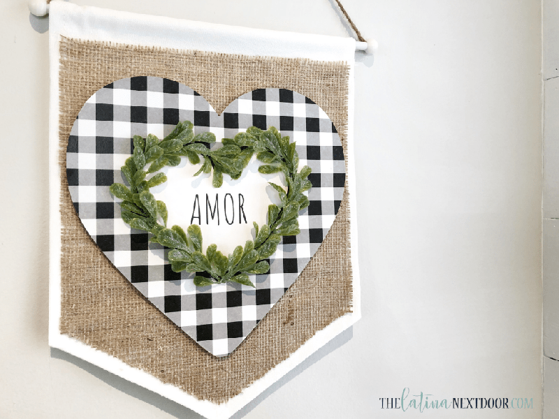 Fresh and Fabulous Farmhouse DIYS and Ideas are waiting for you at The Cottage Market today! It's all about what's new in the Farmhouse DIY World! ENJOY!