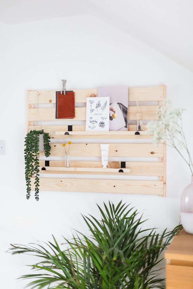 https://thecottagemarket.com/wp-content/uploads/2019/02/DIY-Farmhouse-3-4.jpg
