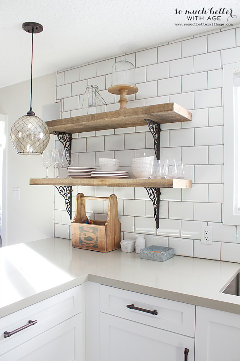 Farmhouse DIY Kitchen Accessories That Joanna Gaines Would Approve Of! All of these fabulous accessories can be made by you with these great tutorials!