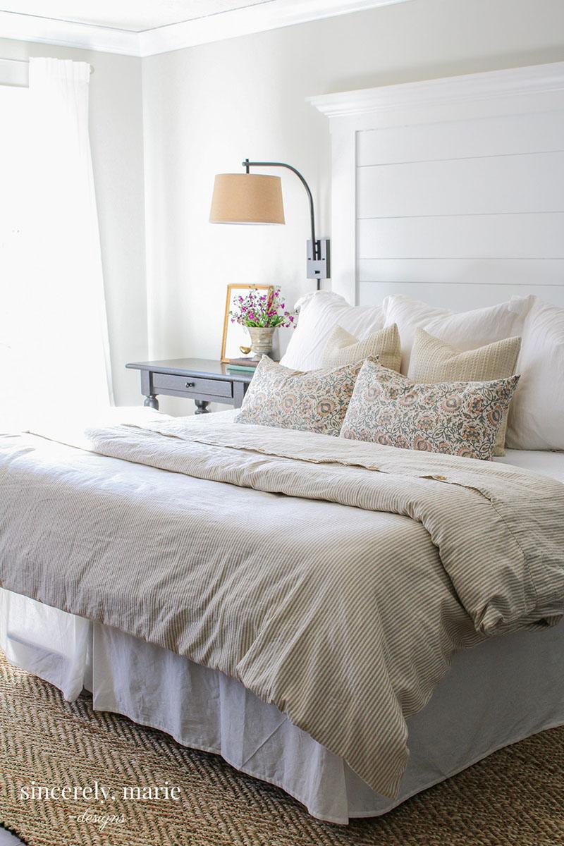 99+ headboard farmhouse diy planked headboards easy decor designs cottage bedroom sincerelymariedesigns modern windows alternative sincerely marie chic styles