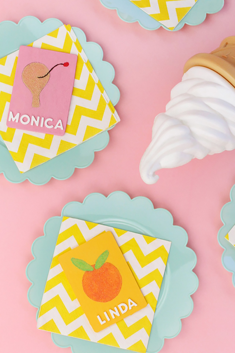 It's time for some Fresh and Trendy Crafts To Make This Weekend. So many inspirational Crafts are waiting for you to choose from. One is perfect to make this weekend!