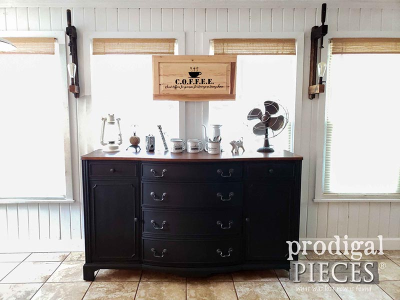 https://thecottagemarket.com/wp-content/uploads/2019/09/Farmhouse-Thrift-Store-Makeover-1.jpg