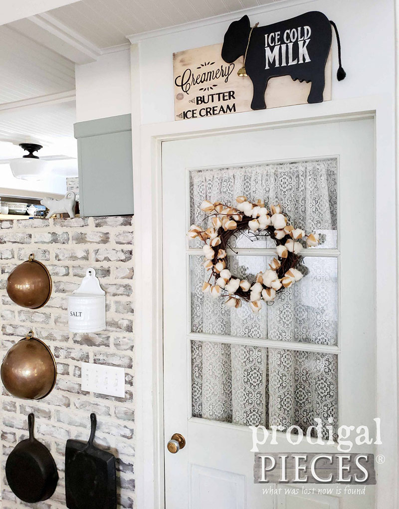 https://thecottagemarket.com/wp-content/uploads/2019/09/Thrift-Store-Makeovers-1.jpg
