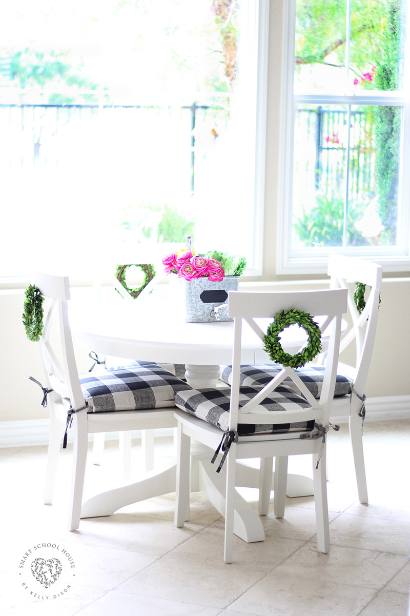Awe Inspiring Perfect Diy Farmhouse Buffalo Plaid Decor Projects The Gmtry Best Dining Table And Chair Ideas Images Gmtryco