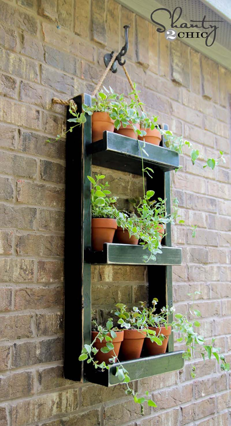 https://thecottagemarket.com/wp-content/uploads/2020/05/DIY-Herb-Garden-2.jpg
