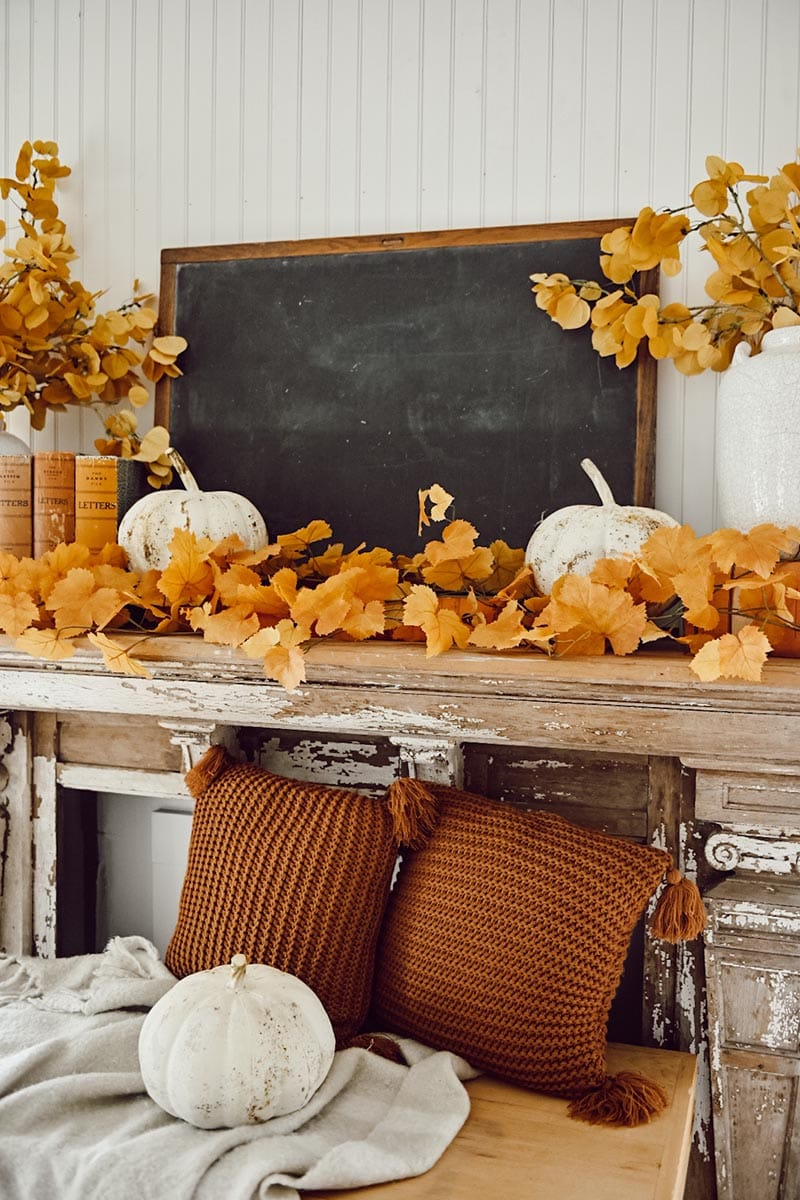 https://thecottagemarket.com/wp-content/uploads/2020/09/Fall-Mantel-2.jpg