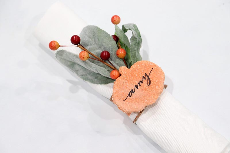 https://thecottagemarket.com/wp-content/uploads/2020/11/PLACECARDS-2.jpg