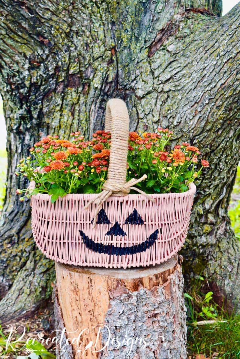 Charmante und schicke Herbst Farmhouse Thrift Store Makeovers werden Sie dazu inspirieren, Ihr eigenes originelles DIY-Projekt zu erstellen, das erstaunlich sein wird!